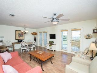 Perfect Condo with Internet Access and Hot Tub - Santa Rosa Beach vacation rentals