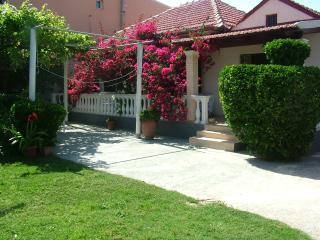 Villa Spiridoula, two bedroom apartment - Agios Stefanos vacation rentals