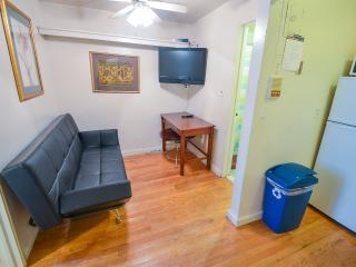 MURRAY HILL APT # 3 - New York City vacation rentals