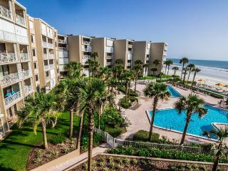 2BR/2BA Direct Oceanfront with breathtaking views - New Smyrna Beach vacation rentals