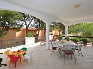 APARTMENTS FANI - Jelsa vacation rentals