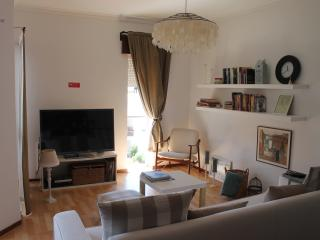 Sweet and Practical - Cascais vacation rentals