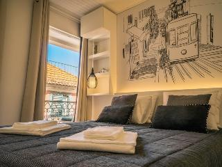 Charming 1 bedroom Lisbon Apartment with A/C - Lisbon vacation rentals