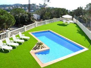 Santa Flora Holiday House - Lloret de Mar vacation rentals