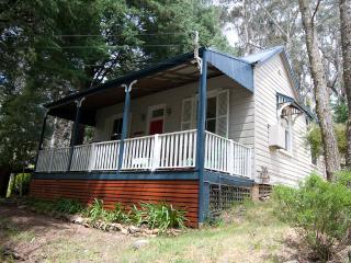 1 bedroom Cottage with Deck in Leura - Leura vacation rentals