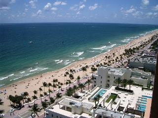 GORGEOUS OCEANFRONT APARTMENT in FT. LAUDERDALE!! - Fort Lauderdale vacation rentals