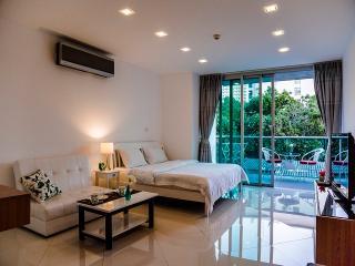 Luxury Studio Laguna Heights - Pattaya vacation rentals