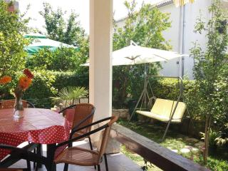 Cozy 1 bedroom Apartment in Kastel Stafilic with Internet Access - Kastel Stafilic vacation rentals