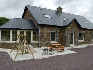 Sneem River House, Sneem, Co. Kerry - 6 Bed - Sneem vacation rentals