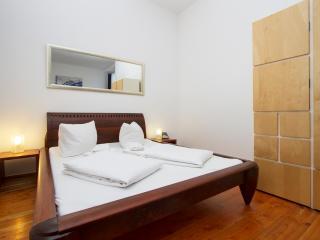 City Apartment 9 Prenzlauer Berg - Berlin vacation rentals