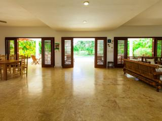 VILLA MARIA 4 BDR-PRIVATE POOL WIFI PUCK UP - Punta Cana vacation rentals