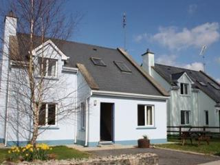 Perfect 3 bedroom Leitrim House with Central Heating - Leitrim vacation rentals