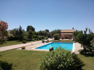 Nice Villa with Deck and Internet Access - Alghero vacation rentals