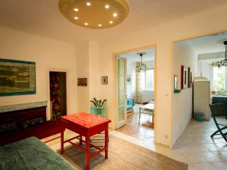 New cosy art flat in the city center - Budapest vacation rentals
