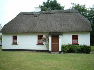 Puckane Holiday Cottages, Puckane, Co.Tipperary - Nenagh vacation rentals
