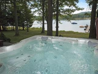 Warm & Inviting 3 Bedroom Chalet located on a peaceful lake cove! - Swanton vacation rentals