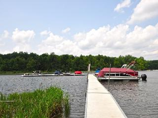 Superb 4 Bedroom Home in Prestigious Community w/ Nearby Lake Access! - Oakland vacation rentals