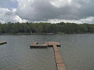 Lovely 2 Bedroom home on premiere lakefront! - Swanton vacation rentals