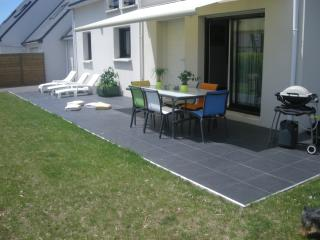 Nice House with Internet Access and Satellite Or Cable TV - Carnac vacation rentals