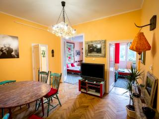 Cosy sweet flat in the city center - Budapest vacation rentals