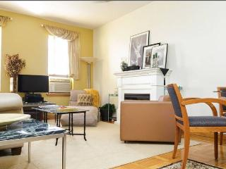 Charming, Spacious NYC 3-4 Bedroom is like a BnB! - New York City vacation rentals