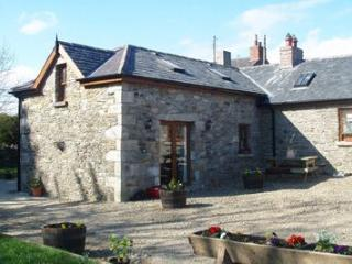 Bluebell Cottage, Tinahely, Co.Wicklow - 2 Bed - Tinahely vacation rentals