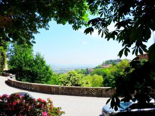1 bedroom Townhouse with Internet Access in Bergamo - Bergamo vacation rentals