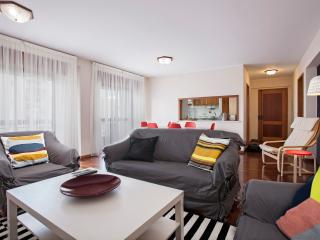 Elias Garcia, nice city apartment - Funchal vacation rentals