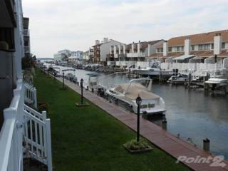 Nice Condo with Deck and Microwave - Ocean City vacation rentals