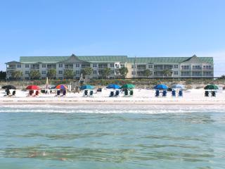 Maravilla Ocean View*WiFi*Private Beach *2 Pools - Destin vacation rentals