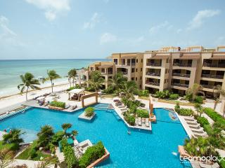 1 BR Beachfront in the Heart of Playa del Carmen! - Playa del Carmen vacation rentals