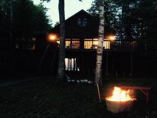 4 bedroom 2 bath. Waterfront.. Traverse city area - Kewadin vacation rentals