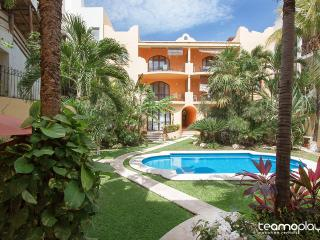 COCCINELLA B302 - Private rooftop 1 Block to Beach - Playa del Carmen vacation rentals