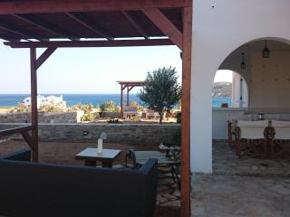 Antiparos luxury apartment 2 - Agios Georgios vacation rentals