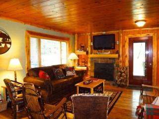 Spacious 4 bedroom House in Lake Placid with Deck - Lake Placid vacation rentals