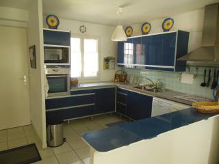 Résidence Les Soleillades  Maison Proche St Tropez - Cogolin vacation rentals