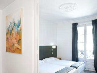 GREAT APARTMENT UP TO 13 PEOPLE! - Barcelona vacation rentals