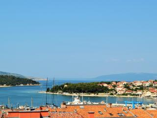 App 3  Mara  with Terrace and Sea View **** - Cres vacation rentals