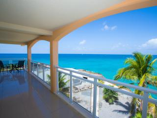 SUNSETS...Titanic views from this fun condo close to the infamous Sunset Beach Bar! - Maho vacation rentals