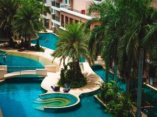 Paradise Park Apartment Pattaya - Bang Lamung vacation rentals