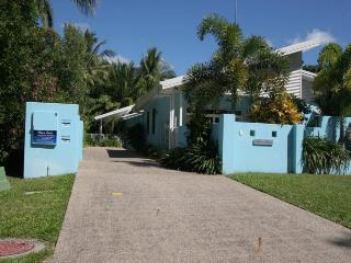Nice House with Stove and Microwave - Clifton Beach vacation rentals