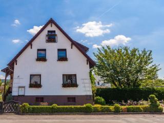 2 Gästezimmer im Gästehaus Lehne - Boffzen vacation rentals