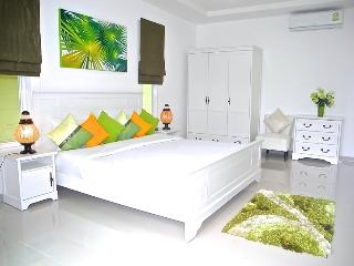 Beautiful 3 bedroom Villa in Nai Harn - Nai Harn vacation rentals
