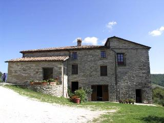 Nice Villa with Dishwasher and Garden - Apecchio vacation rentals