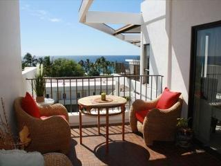 Royal Sea Cliff#704 Luxury Top Floor Penthouse with Ocean View! **NEW!** - Kailua-Kona vacation rentals