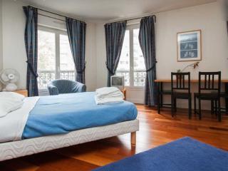 Classic BASFROI 1 - Paris vacation rentals