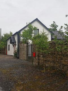 2 bedroom Cottage with House Swap Allowed in Coole - Coole vacation rentals