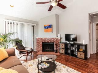 Condo with best location in San Marcos, TX - San Marcos vacation rentals