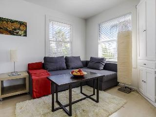 Great Loft. So close to the beach you might as well sleep on the sand! - Venice Beach vacation rentals