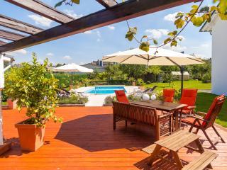 Ferienwohnung 2 im Gästehaus Lehne - Boffzen vacation rentals